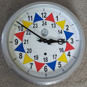 Type I sector clock face added to bent clock